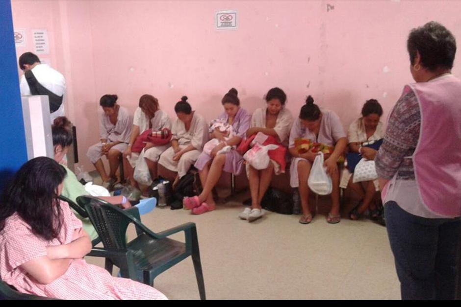 Gotitas de Amor y Misericordia es un proyecto que lleva su primer ropa a los recién Nacidos de los hospitales nacionales. (Foto: Facebook)