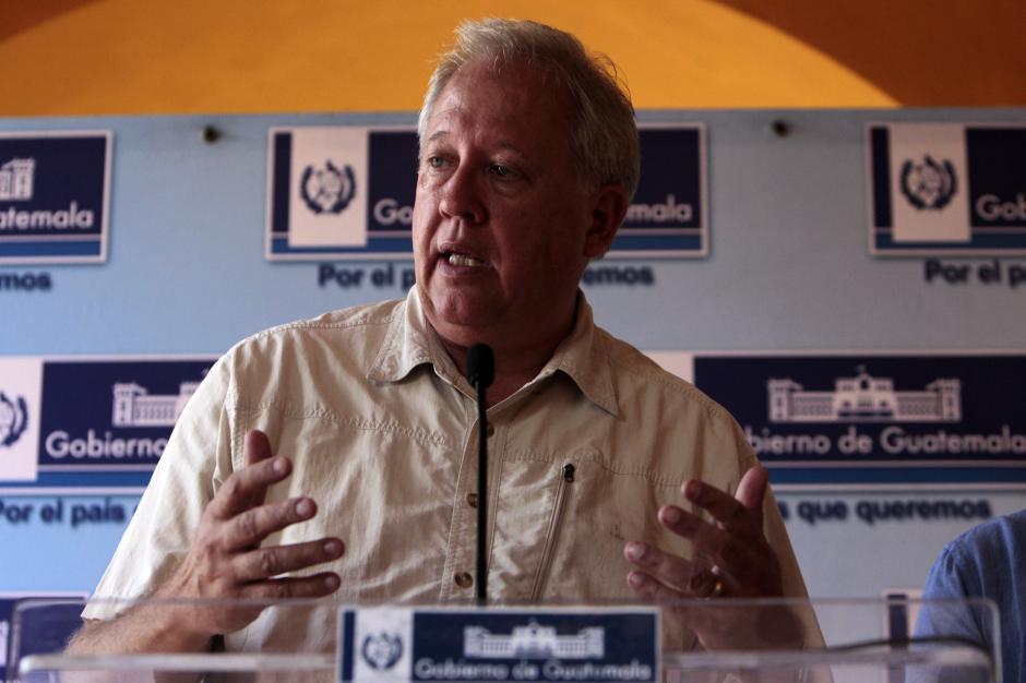 El encuentro entre los funcionarios guatemaltecos y estadounidenses se llevó a cavo en el Hotel Izabal. (Foto: Esteban Biba/EFE)