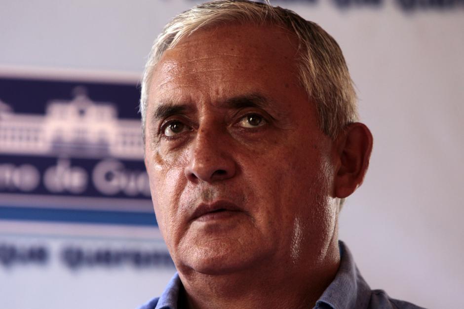El presidente Pérez Molina dice que si le retiran la inmunidad, no renunciará a su cargo y enfrentará la investigación. (Foto: Esteban Biba/EFE)