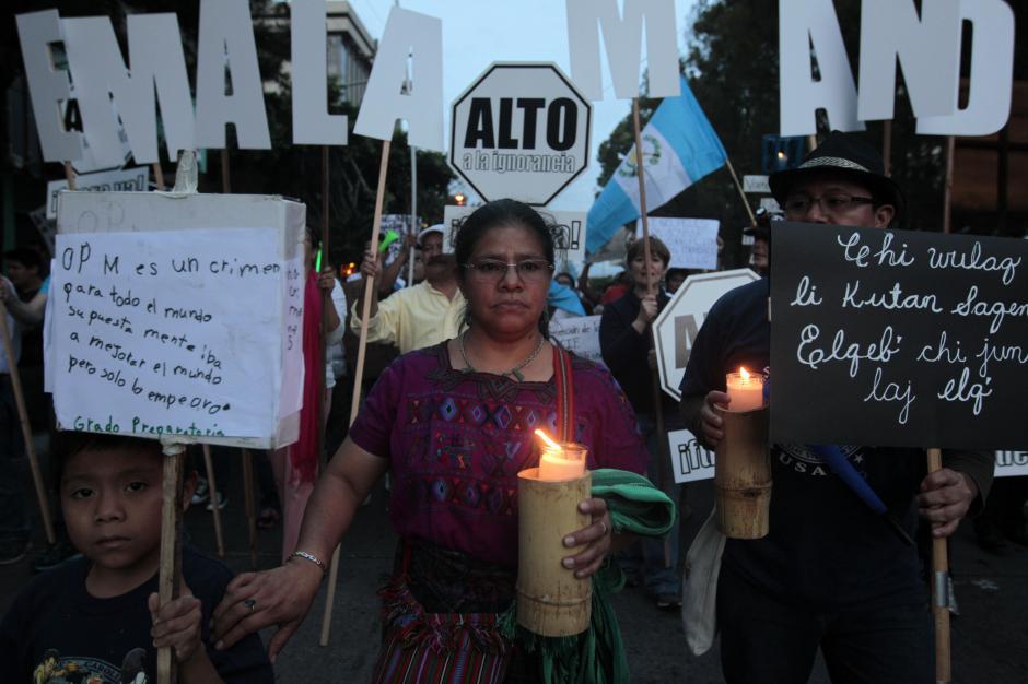 La marcha recorrió La Sexta de la zona 1 y terminó en el Parque Central.(Foto: Esteban Biba/EFE)