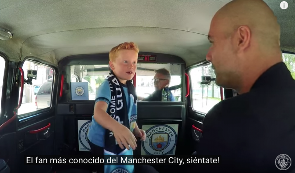 La cara del niño lo dice todo al conocer a Pep Guardiola.  (Foto: Captura de YouTube)