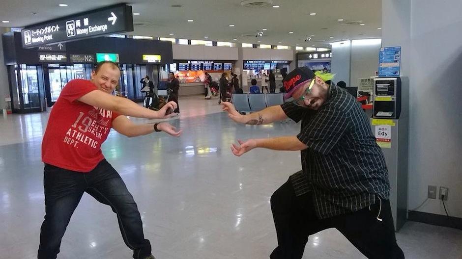 Al arribar al país asiático enviaron una graciosa fotografía. (Foto: Frame & Beat)