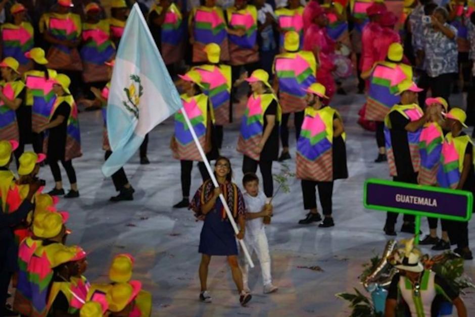Guatemala lució uno de los uniformes más vistosos de la inauguración de Río 2016. (Foto: Vogue)
