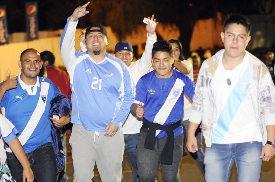 La afición guatemalteca no falla a la cita con su Selección. (Foto: Luis Barrios/Soy502)