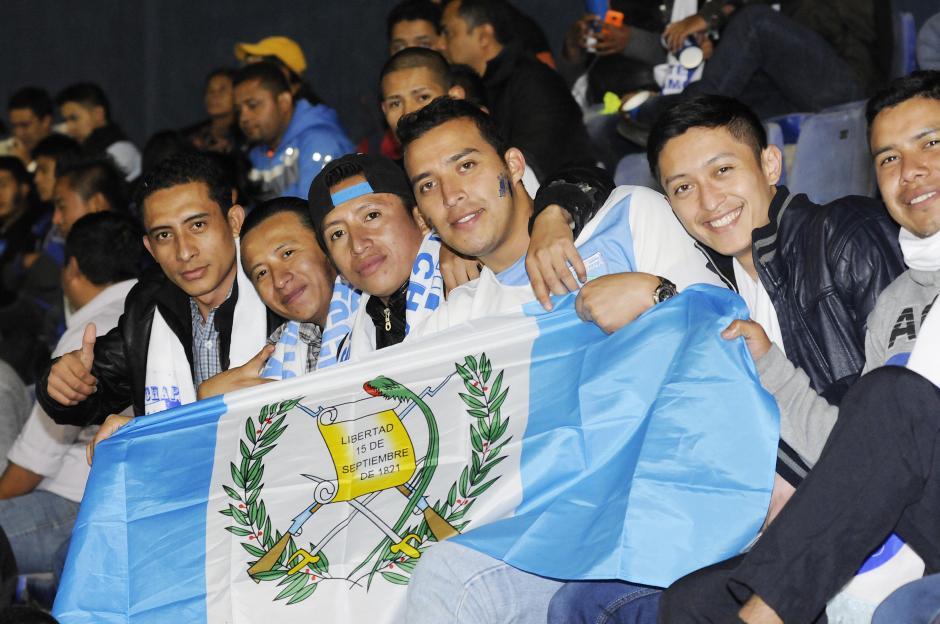 El partido se vivió de principio a fin en el Mateo Flores. (Foto: Luis Barrios/Soy502)