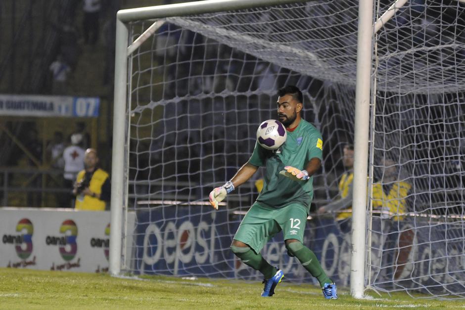 El portero defendió su arco y logró la victoria.  (Foto: Orlando Chile/Nuestro Diario)