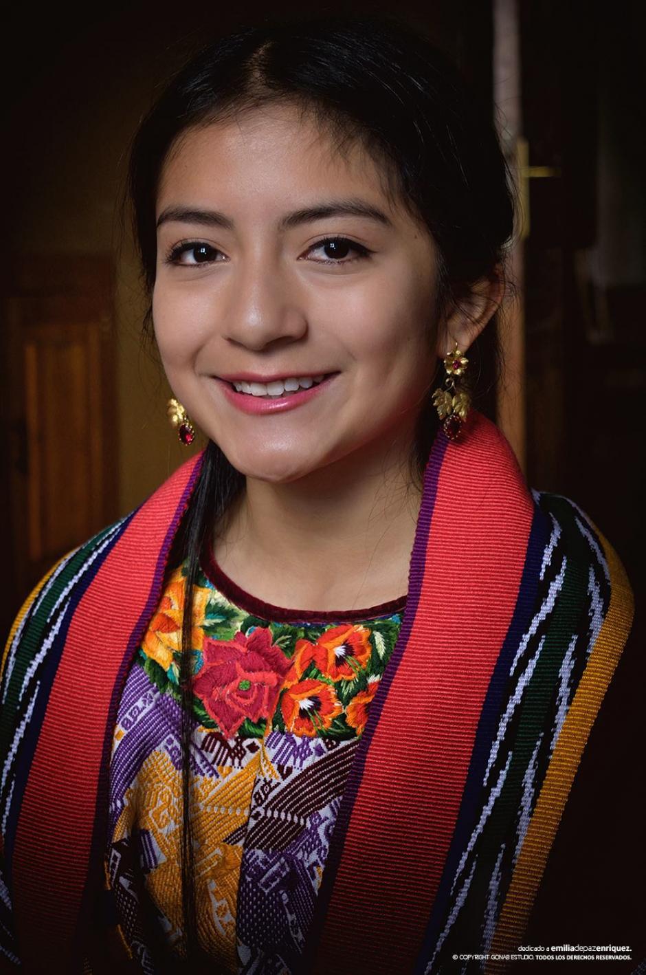 Helen tiene 18 años y es estudiante de relaciones internacionales. (Foto: Facebook, Helen De Paz)