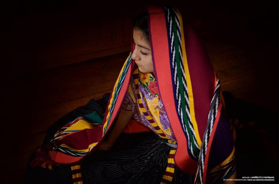 En septiembre fue investida con el título: Umial Tinimit Re Xelajuj No'j, que significa La hija del pueblo de Xelajú. (Foto: Facebook, Helen De Paz)