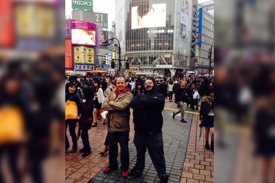 Productores guatemaltecos viajaron a Japón para hacer tres videos musicales para dos bandas de rock y pop japonesas. (Foto: Frame & Beat)