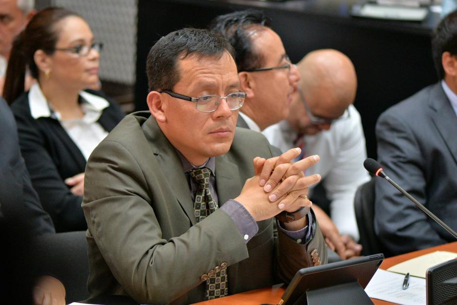 Este lunes fue presentado el abogado Gustavo Juárez como nuevo defensor de Roxana Baldetti. (Foto: Wilder López/Soy502)