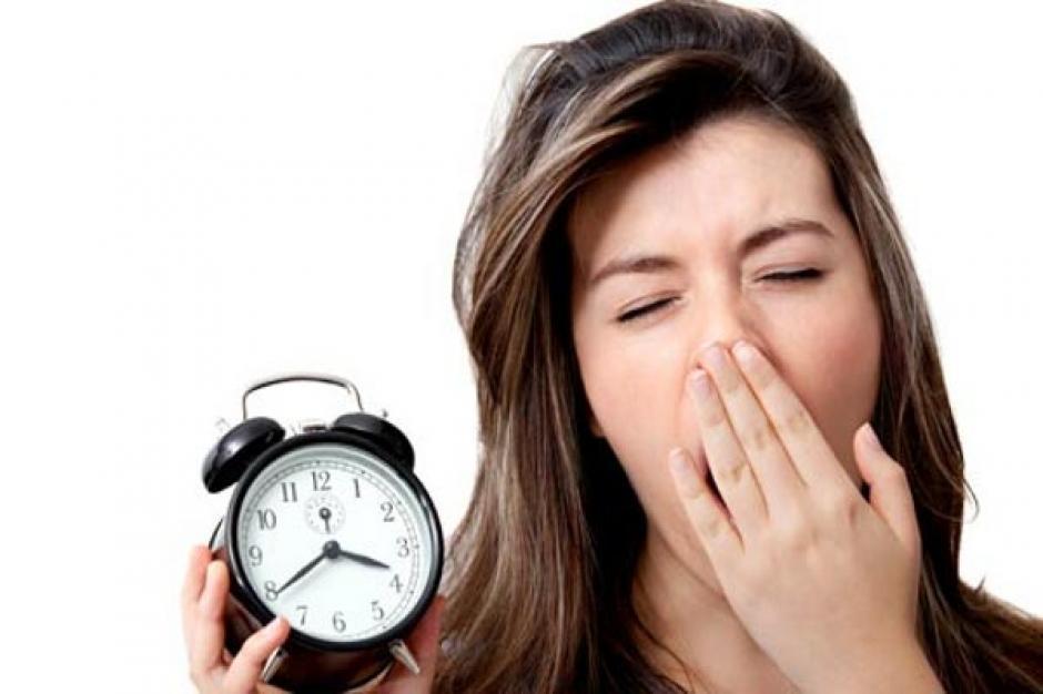 No dormir bien tampoco ayuda a que bajes de peso. (Foto: www.gemacabanero.com)