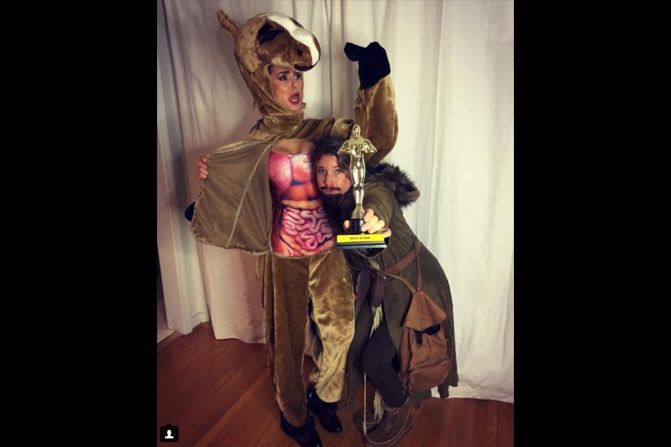 Nina Dobrev optó por lo conceptual. Aunque no lo parezca, es el caballo de El renacido. (Foto: Instagram)