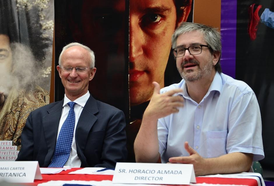 El director mexicano Horacio Almada está a cargo de la obra. (Foto: Selene Mejía/Soy502)