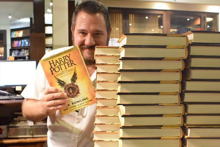 Como parte de la celebración del cumpleaños de Harry el 31 de julio, salió a la luz el octavo libro. (Foto: Sophos)