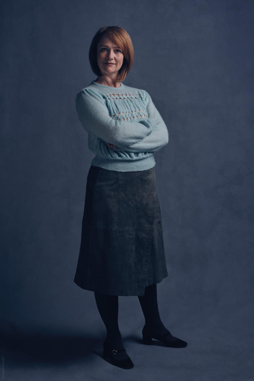 Poppy Miller como Ginny. (Foto: Pottermore)
