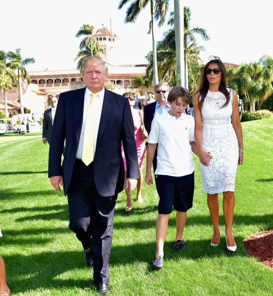 Barron es el único hijo que tiene con Melania, con quien contrajo matrimonio en 2005. (Foto: heavy.com)