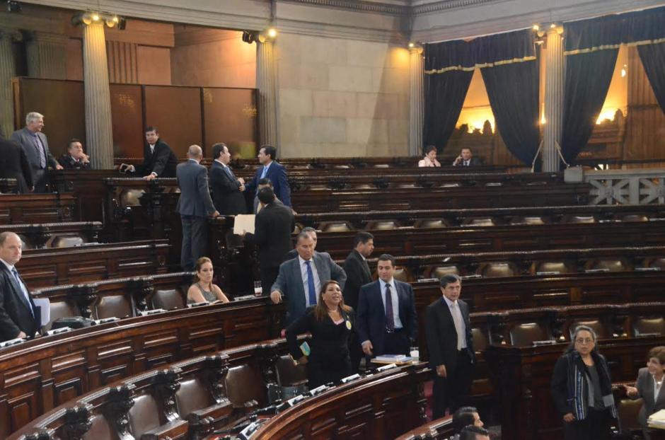 Solo 52 diputados llegaron a la sesión de este jueves. (Foto: cortesía de José Castro)