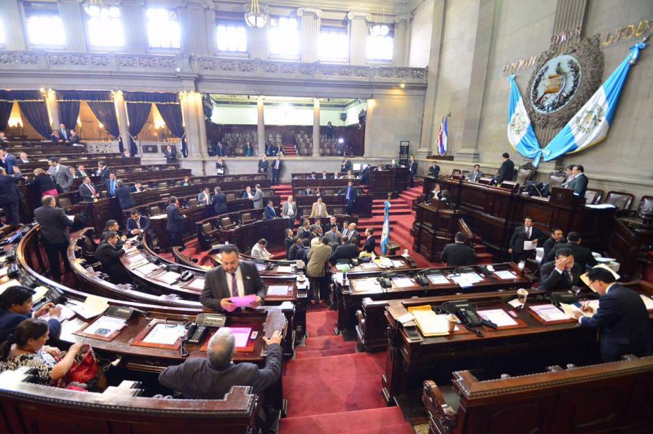 Los diputados aprobaron un precedente referente a la urgencia nacional. (Foto: Archivo/Soy502)