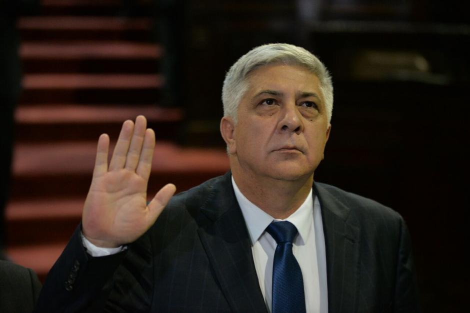 Melgar Padilla no fue bien recibido por algunos diputados. (Foto: Wilder López/Soy502)