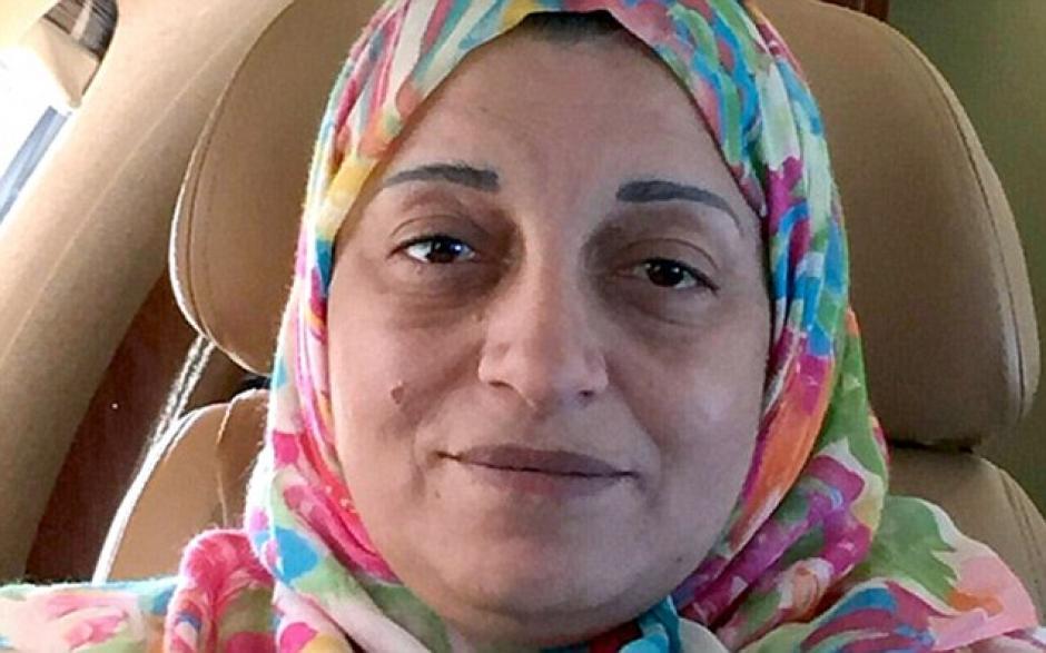 Sana Bin Laden, medio hermana de Osama, falleció en accidente aéreo. (Foto: Daily Mail)