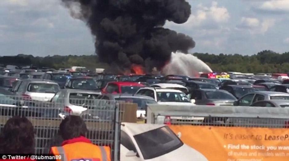 El accidente se registró en el Aeropuerto de Blackbushe, en el sur de Reino Unido. (Foto: Daily Mail)