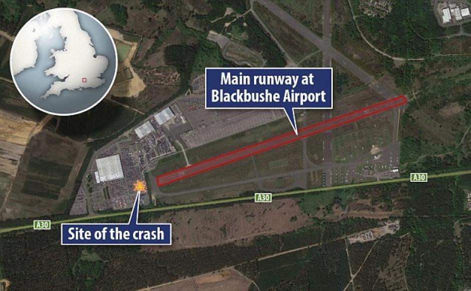 El área roja es donde debió aterrizar el avión, pero se estrelló lejos.(Foto: Daily Mail)