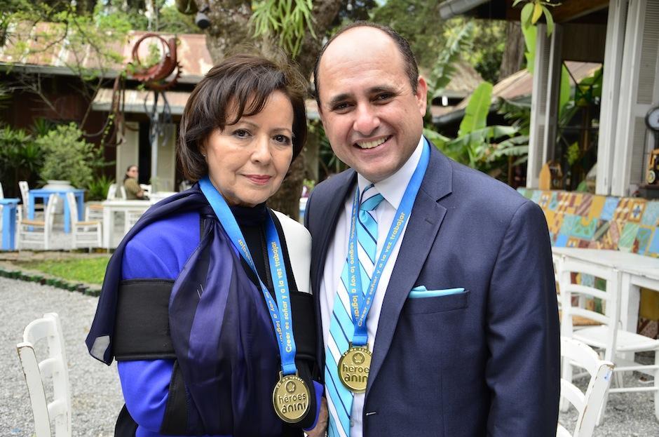 """Luis Pellecer y Elizabeth de Guatemala se unen a la causa de """"Ciudad Anini"""". (Selene Mejía/Soy502)"""