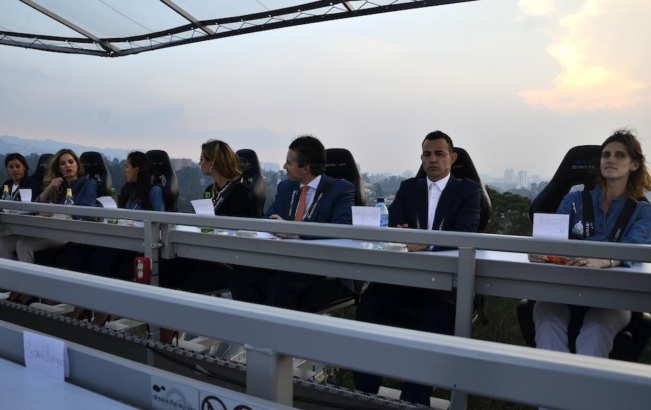 """La presentación fue realizada a 45 metros de altura en """"Dinner in the Sky"""". (Foto: Selene Mejía/Soy502)"""