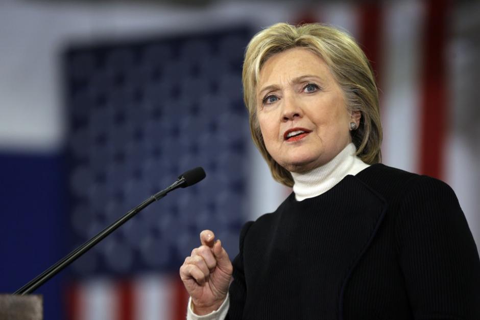 Clinton ha sido cuestionada por usar su correo privado mientras fue Secretaria de Estado. (Foto: theatlantic.com)