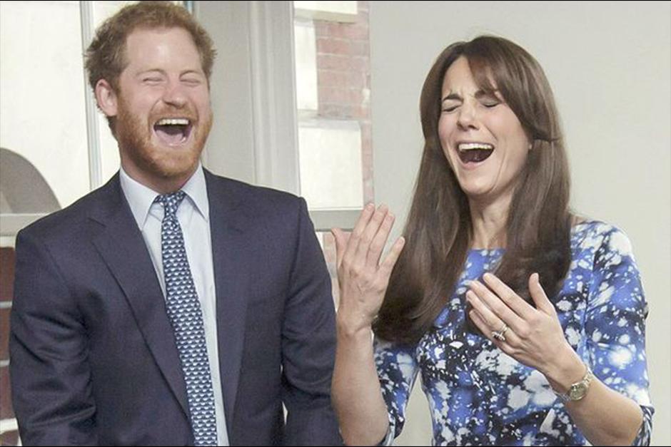 No es la primera vez que Harry y Kate se la pasan riendo en público. (Foto: Archivo)