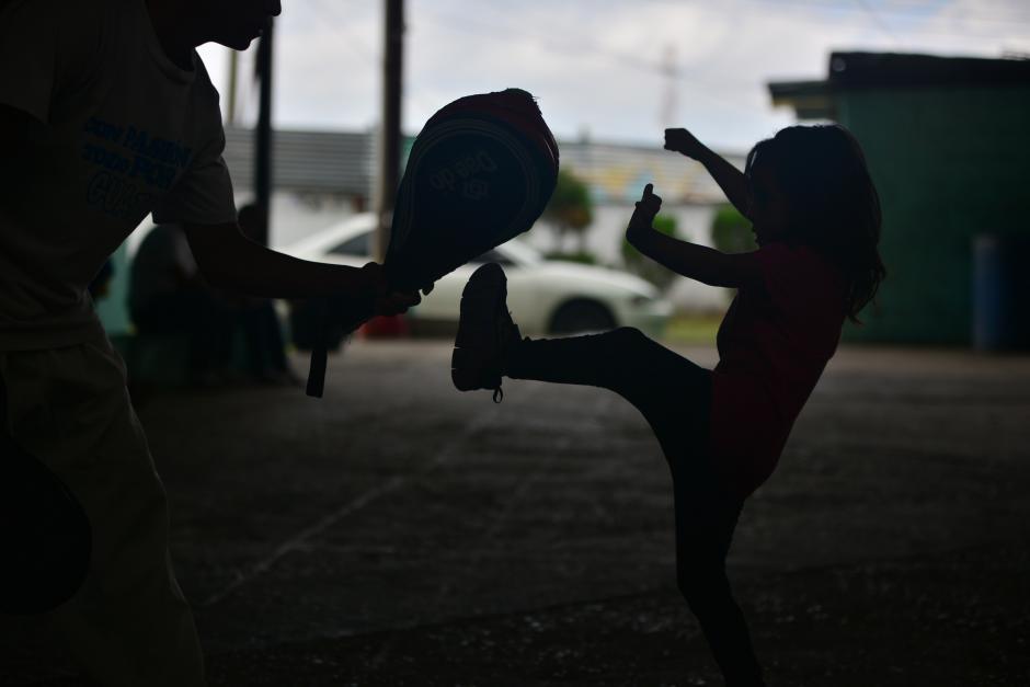 Las disciplinas con las que cuenta el proyecto son Atletismo, Bádminton, Judo, Taekwondo, Boxeo y Gimnasia, impartidas a niños desde los 5 años hasta jóvenes. (Foto: Wilder López/Soy502)
