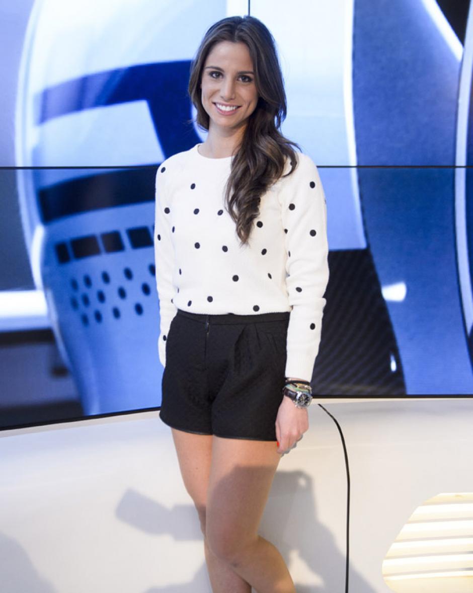 La periodista española Lucía Villalón. (Foto: hola.com)