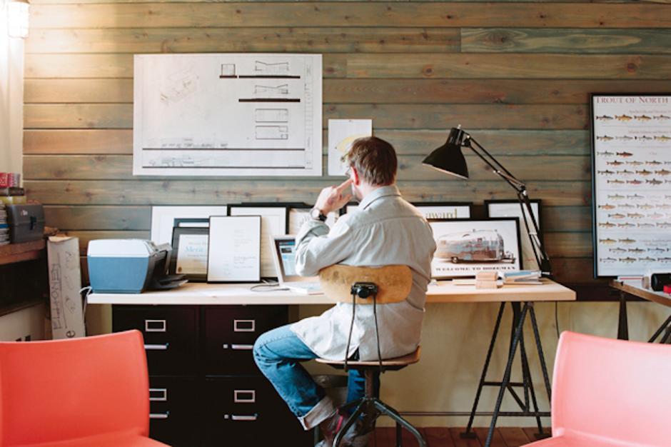 La revista Forbes México publicó unos consejos que pueden ayudarte a sacarle provecho a tu espacio. (Foto: bloomberg.com)