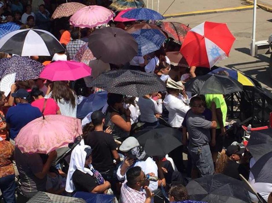 Todo el mundo espera con ansias los actos para rendir homenaje a la estrella. (Foto: Univision)
