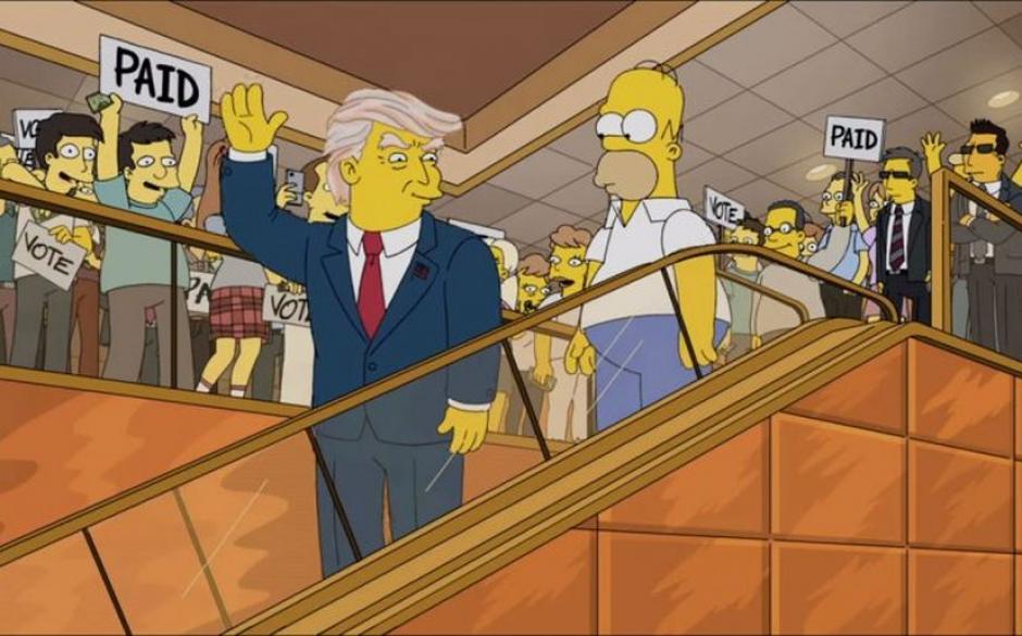 Homero junto a Donald Trump. (Imagen: Fox)