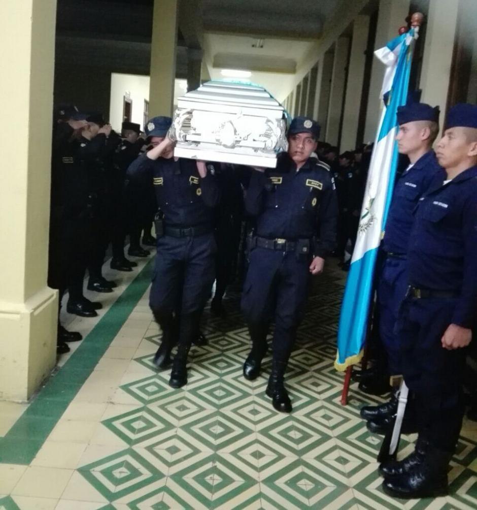 El agente murió atropellado en la zona 7 capitalina. (Foto: PNC)