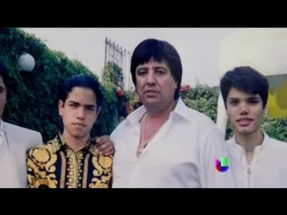 Este era Amado Carrillo Fuentes  y sus hermanos, según Univisión.