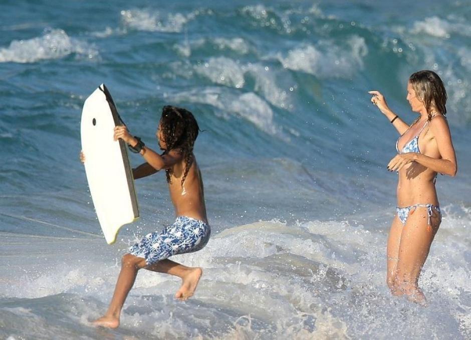 Klum se divertía con sus hijos en las playas del Caribe. (Foto: HSB Noticias)