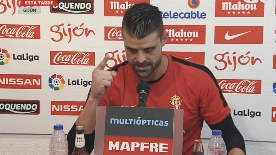 El portero Iván Cuellar se molestó mucho con un periodista. (Foto: Captura de pantalla)
