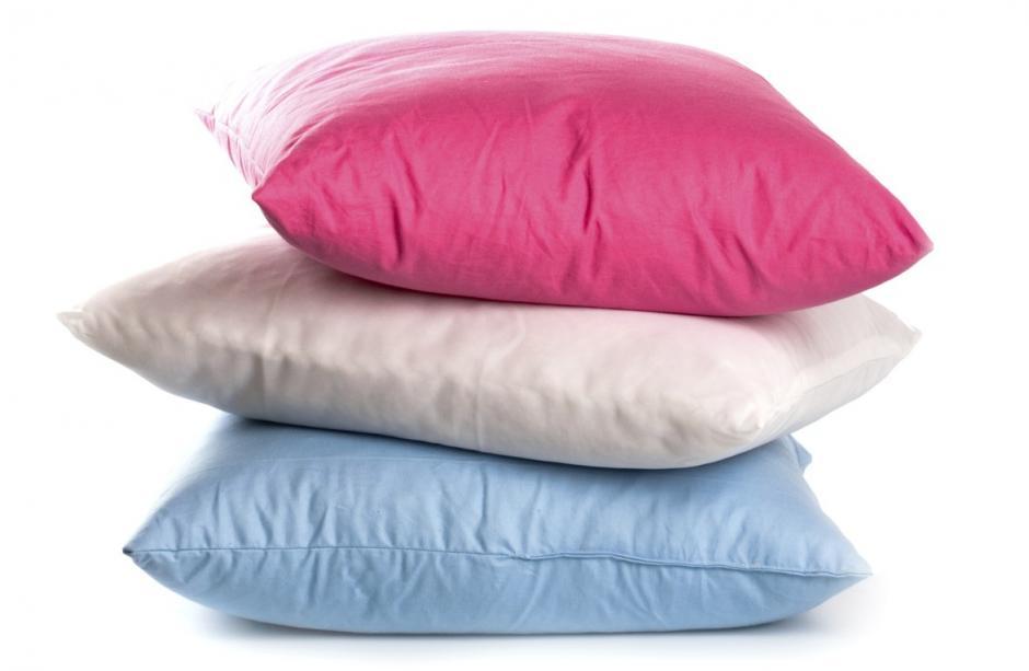 Tus almohadas deben ser cómodas, por lo que un cambio cada tres años es una buena opción. (Foto: iMujer)