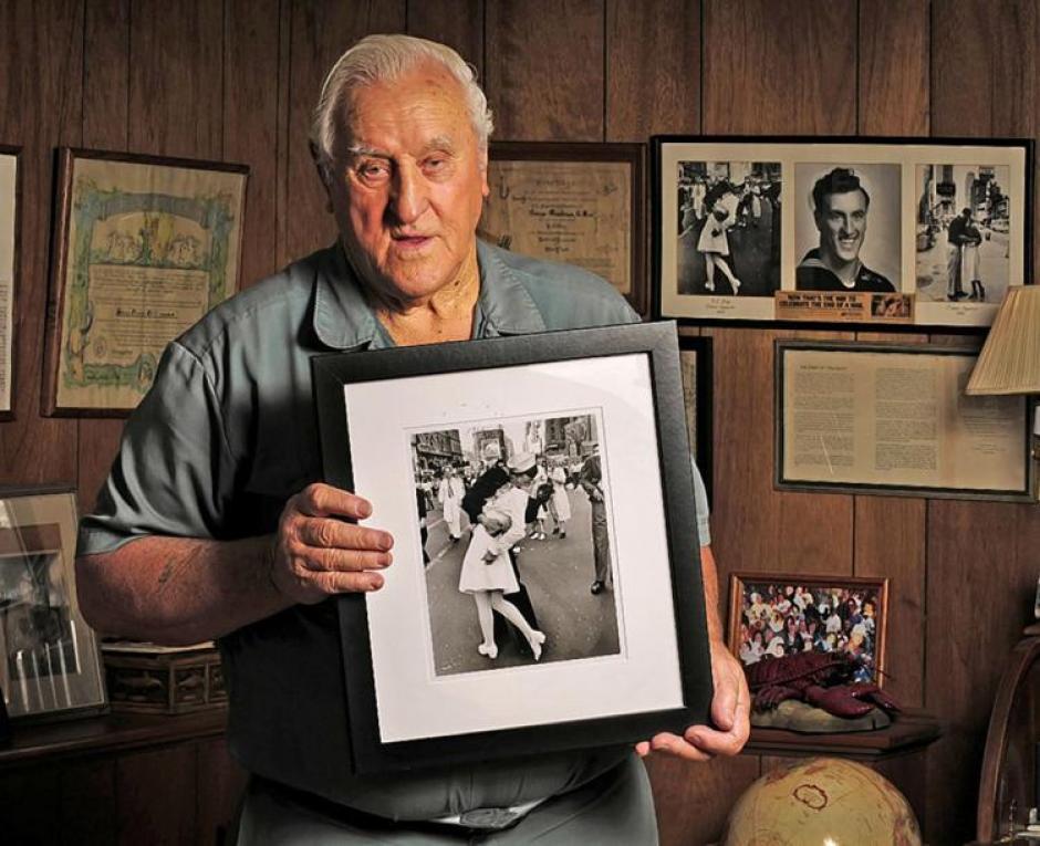 George Mendonsa tienen 89 años y vive en Rhode Island. (Foto: nydailynews.com)