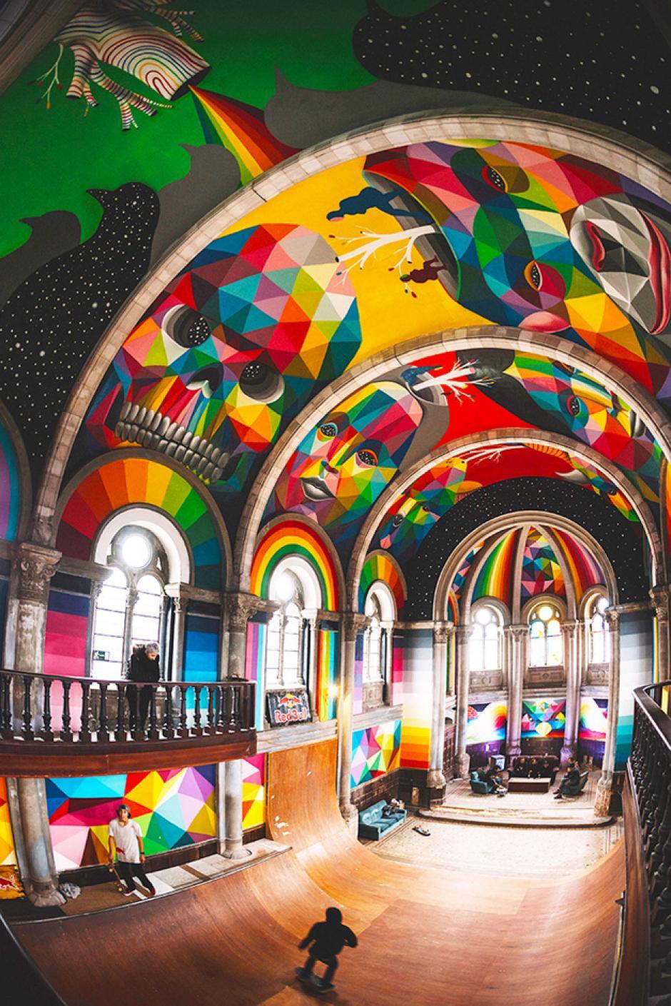 """""""Skaters"""" utilizan las rampas de la nueva pista. (Foto: La Iglesia Skate / Red Bull Media)"""