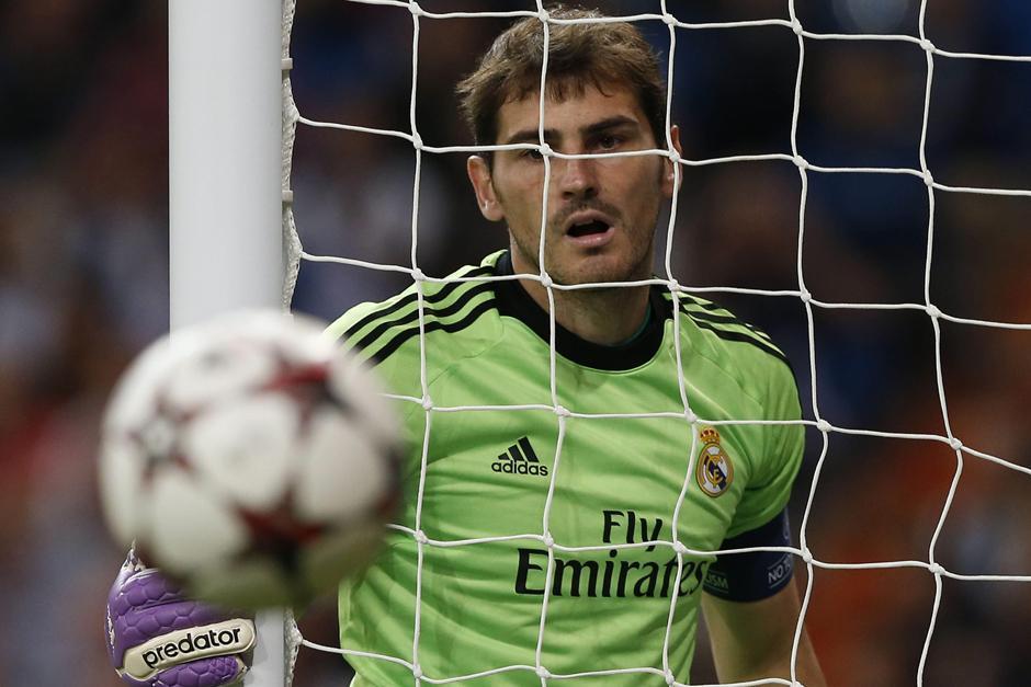 Iker Casillas podría dejar el Real Madrid para firmar un contrato anual de 5 millones de euros por dos temporadas con el Oporto