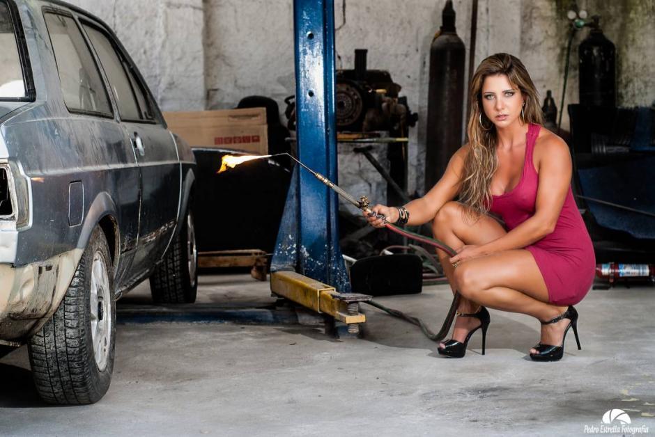 La modelo brasileña Raquel Santos, muere tras una operación de cirugía estética.