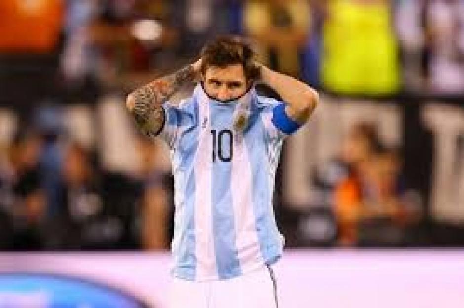Con la Albiceleste, Messi perdió una nueva final, esta vez en la Copa América Centenario. (Foto: Twitter)
