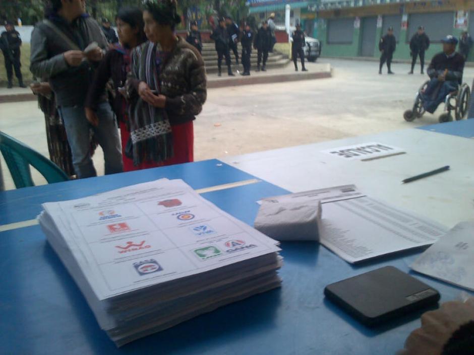 Las papeletas para que los votantes puedan volver a elegir a sus autoridades municipales.(Foto: Edgar López/ Nuestro Diario)