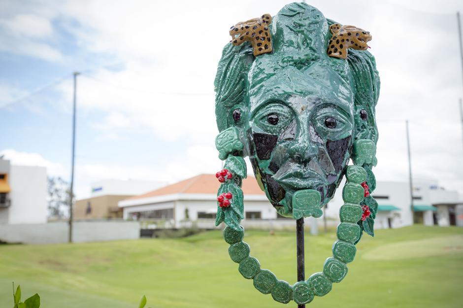 Este año el trofeo es un rostro maya prehispánico, elaborado en jade y piedras preciosas. Su valor supera los dos mil dólares. (Foto: George Rojas/Soy502)