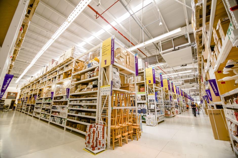 Con 2 tiendas de más de 8,000 metros cuadrados cada una, EPA abre sus puertas a los guatemaltecos el 12 de noviembre. (Foto: George Rojas/Soy502)