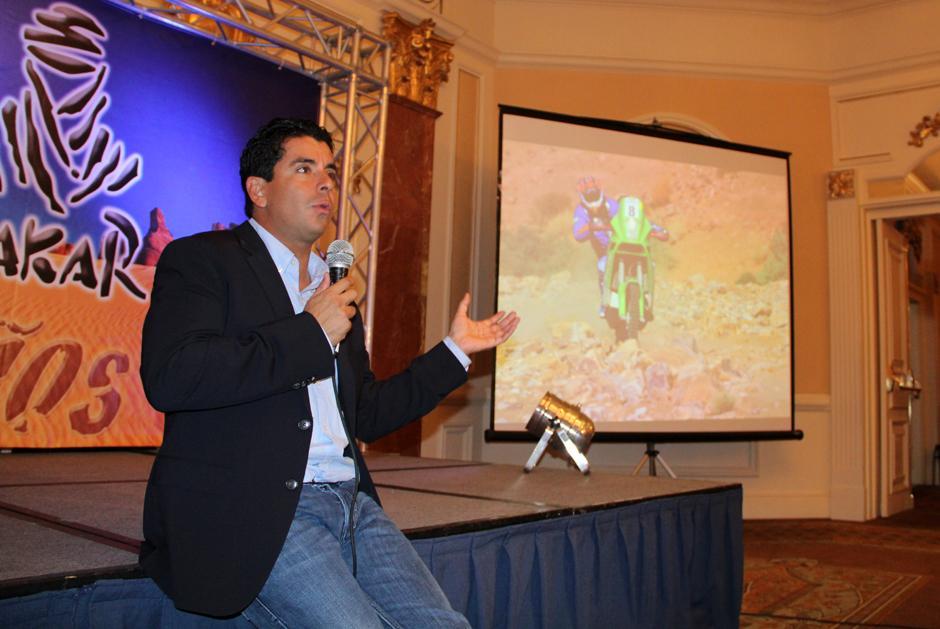Francisco Arredondo hizo un repaso de su experiencia en las nueve ediciones de Dakar, donde ha competido. (Luis Barrios/Soy502)