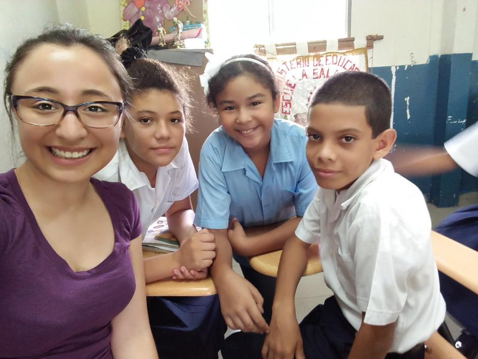 Kathy viajó a Panamá por siete semanas para hacer un voluntariado enfocado en educación. (Foto: Katherine Martínez)